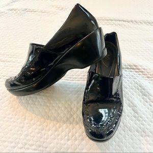 Ariat Black Patent Leather Mules Size 7.5B